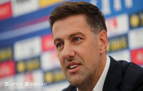 Mladen Krstajic Mengatakan Luka Jovic Bisa Bergabung Di Barcelona