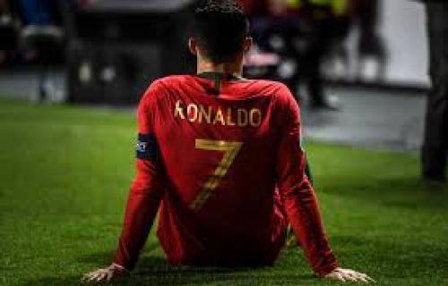 Juventus Pastikan Cedera Ronaldo Tak Parah