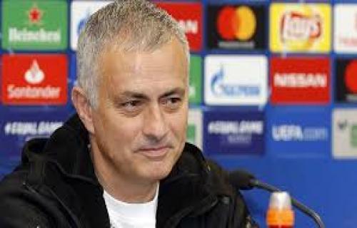 Chelsea Meminta Mourinho Kembali