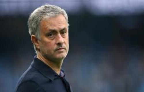 Tolak cek kosong dari Tiongkok, Mourinho di kabarkan balik ke madrid atau inter milan
