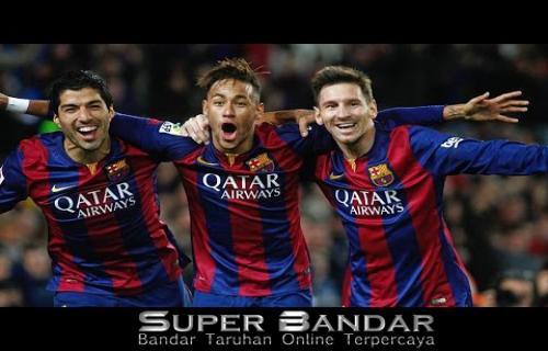 Luis Suarez Menunggu Barcelona Kontrak Kembali