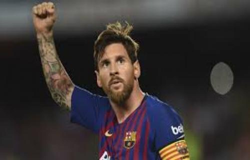 Tidak hanya Ronaldo,Messi juga cetak gol ke 600