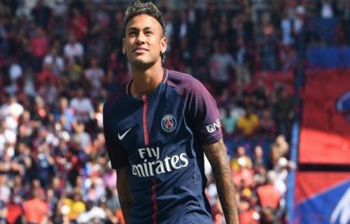 Barcelona mengincar Neymar karena PSG menurunkan harganya